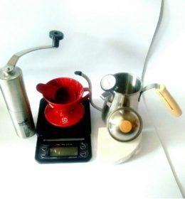 Paket Alat Kopi Personal 2 Coffee Grinder, Drip Scale Timer, dan V60